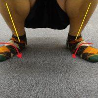 キャッチングの足の姿勢